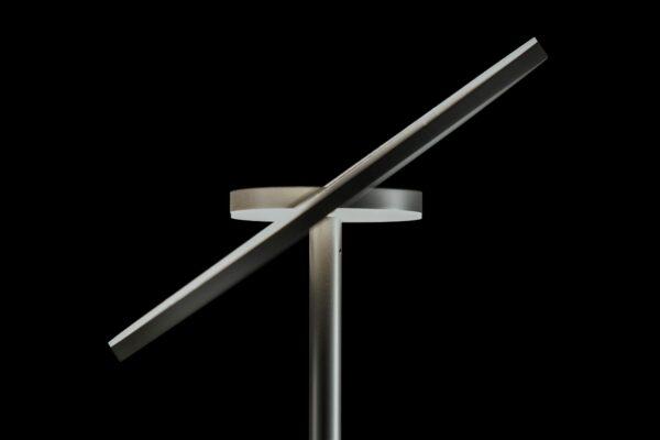 Holtkötter Deckenfluter Nova LED Platin Detail
