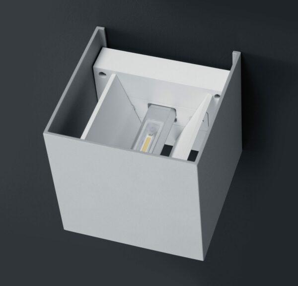Helestra Wandaußenleuchte Siri 44 L Silbergrau Detail