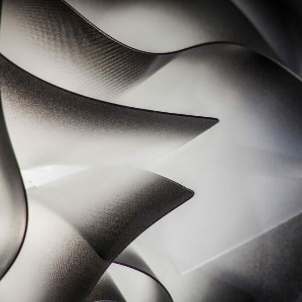 Slamp Pendelleuchte Veli Medium Schwarz Detail Leuchtenschirm