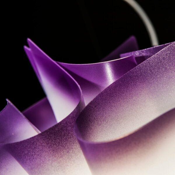Slamp Pendelleuchte Veli Medium Violett Detail Leuchtenschirm