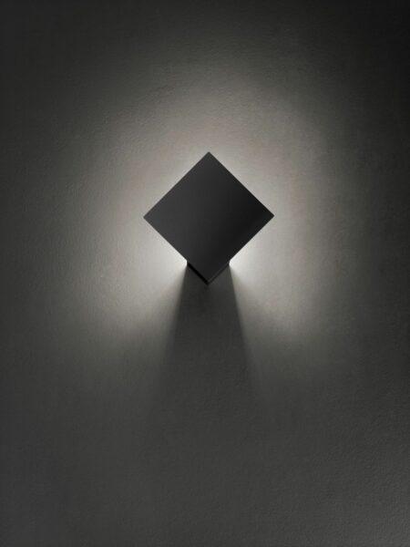 Lodes Puzzle Single Wandleuchte Schwarz matt
