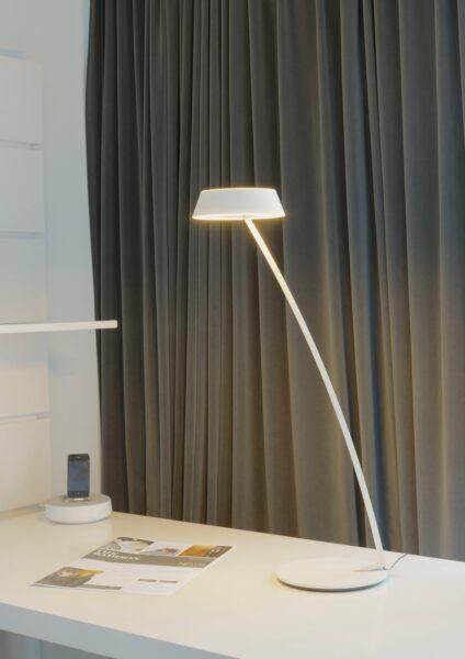 Oligo Tischleuchte Glance gebogen - Lampen & Leuchten