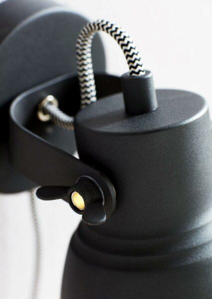 nordlux-wandleuchte-adrian-schwarz-detail Leuchtenschirm