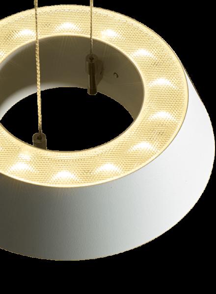 oligo-pendelleuchte-glance-weiß-matt-detail-prismatik-leuchtenschirm-oben