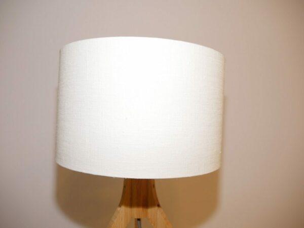 Good & Mojo Tischleuchte Annapurna Weiß Leuchtenschirm