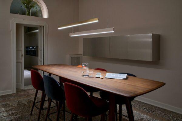 Occhio Pendelleuchte Mito volo linear 100 variable up 65–165 cm - Lampen & Leuchten