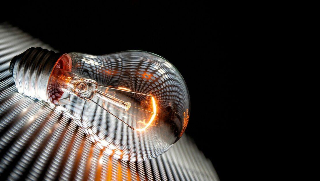 Glühbirne mit E27-Sockel