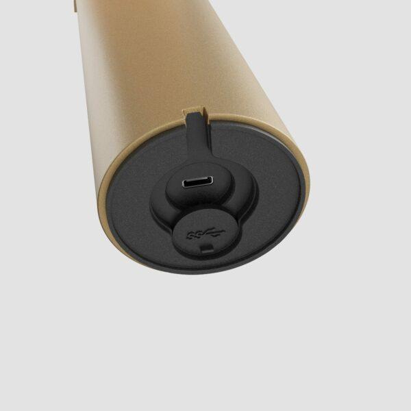 IP44.de Akku-Tischleuchte Lix True Gold Ladeanschluss