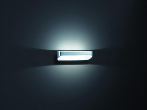 Helestra Wandleuchte Onno 30 cm Aluminium poliert