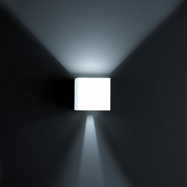 Helestra Wandaußenleuchte Siri 44 Up-/Downlight Mattweiß